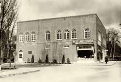 West Linn's First City Hall 1936 - Old Oregon Photos