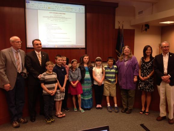 Third-graders from Willamette Primary School visited city council April 14, 2014.